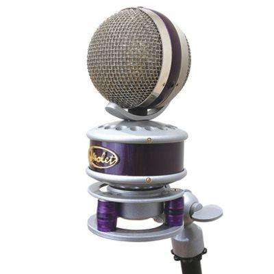violet the globe standard