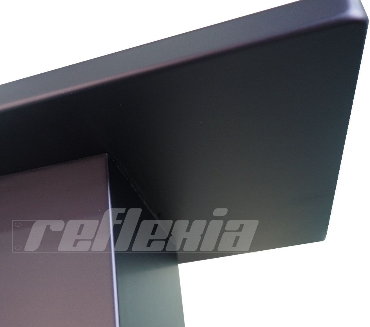 Reflexia Black Hole, Reflexion Arts' new stand for speakers